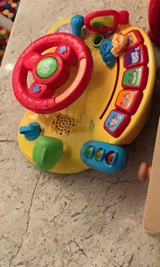 VTech Learn and Discover Driver / Wheel