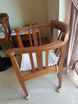 🚚 Teak chairs