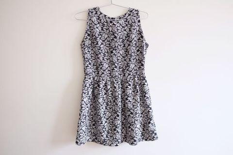 Fyn floral dress