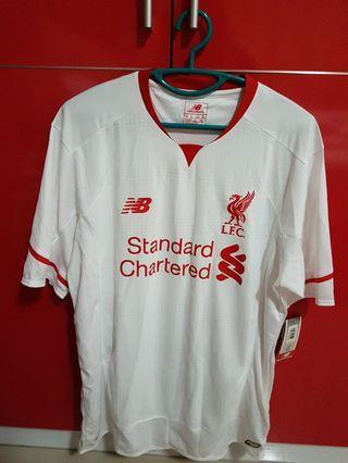 🚚 BNWT Liverpool Away Jersey (past season)