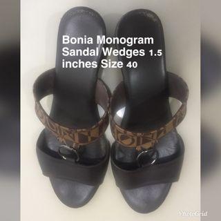 BONIA SANDAL WEDGES SIZE 40