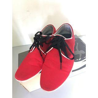 Playboy Sneaker - Red