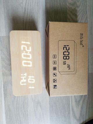 電子鐘 Wood Style Digital Led Clock