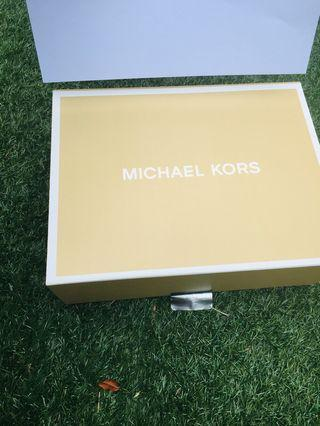Michael Kors Box