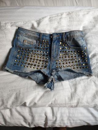 🚚 Asos studded denim shorts