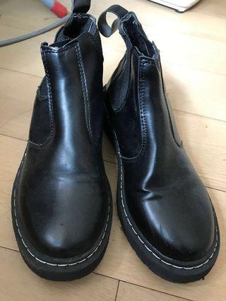 Boot 馬丁鞋