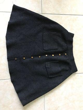 🚚 Grey skirt
