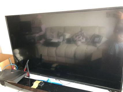 Philips TV 50 inch barely 1 yr old