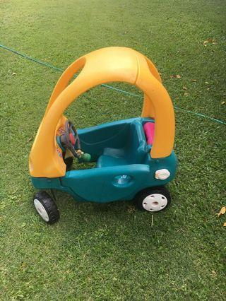 🚚 Little Tikes Car