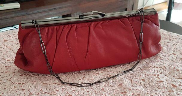 🚚 Soft leather clutch bag