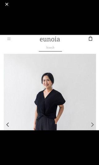 Eunoia Azalea Pleated Top in Black Hitam