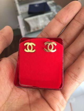 Brand new - 18kGold Plated Earring studs