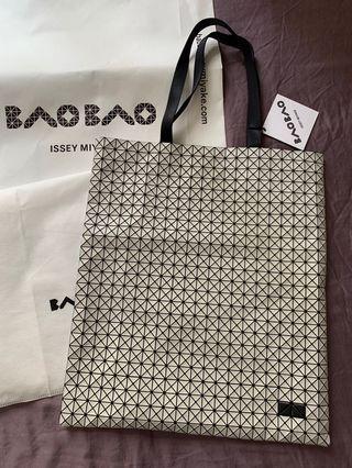BaoBao Issey Miyake Men's tote bag