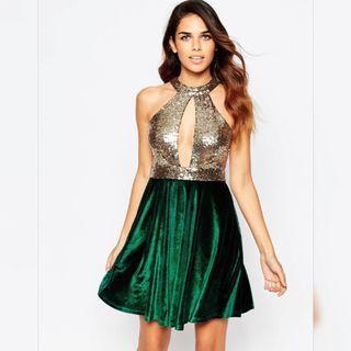【現貨在台】英國ASOS金色亮片深V超低胸露背上身配綠色絨布短裙洋裝小禮服 / UK8