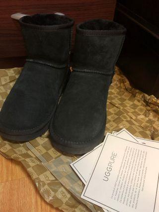 UGG 5854 classic mini 黑色雪靴