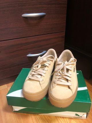 PUMA Suede Platform trace 鬆糕鞋 泫雅代言的韓國限定款❤️奶茶色