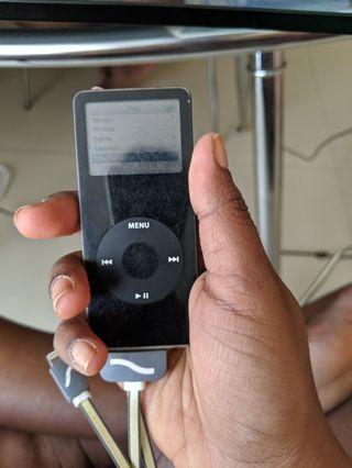 🚚 iPod Nano 1st Gen 2 GB