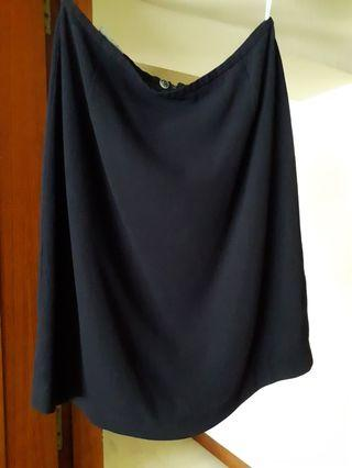 🚚 COUNTRY ROAD navy blue skirt