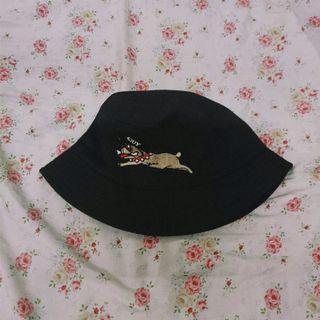狗狗漁夫帽