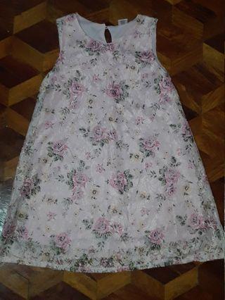 Dress 7-8yrs old