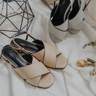 Siera Elves Christal Sandals in Apricot