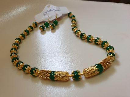 Elegant Jade Green Earrings & Necklace Set