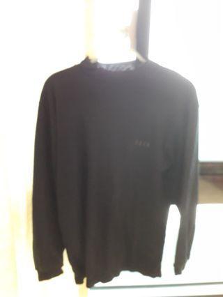 素面黑色長袖(可議價空間)