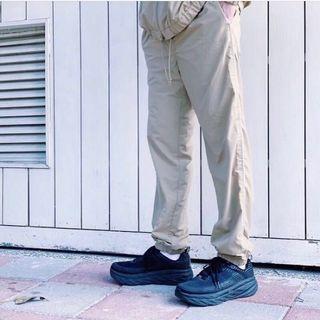 🚚 Beams 卡其運動褲