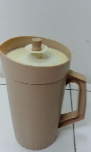 Tupperware pitcher Australia Tupperware Jug