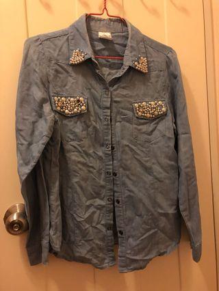 Petile top shirt 淺藍色珠珠襯衫
