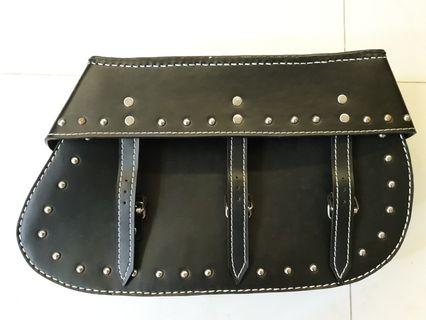 Saddle bag for Royal Enfield