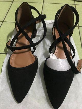 🚚 繞踝包頭涼鞋