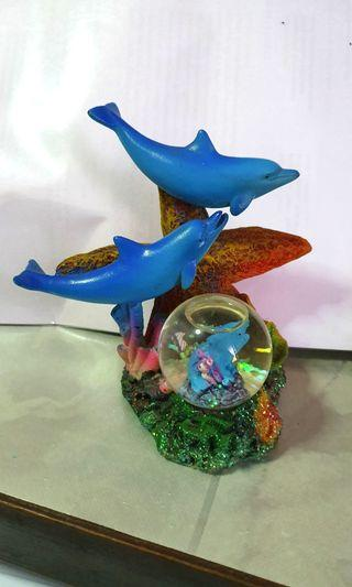Dolphin Home Decor (mini snowglobe)