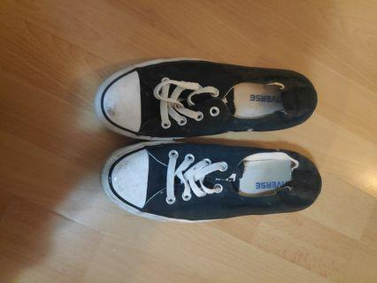 Ladies black and white converse low cut size 8