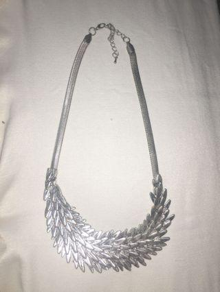 Silver Feather Style Necklace