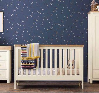 Mothercare Lulworth Convertible Crib / Toddler Bed (White with Pine Wood Accent)