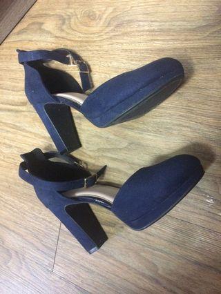 藍色高踭鞋 EU36