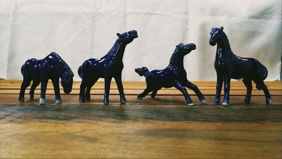 Porcelain Horses Décor