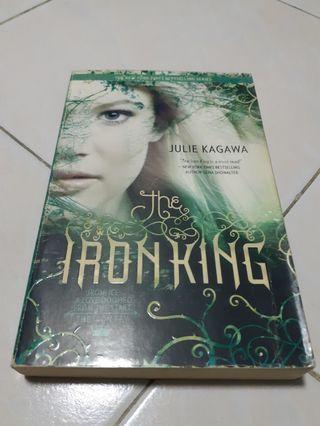 🚚 Iron Fey: The Iron King - Julie Kagawa