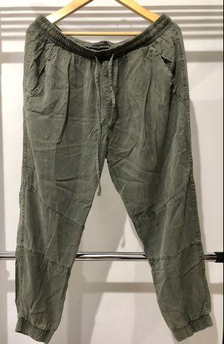 Cotton On Jogger Army