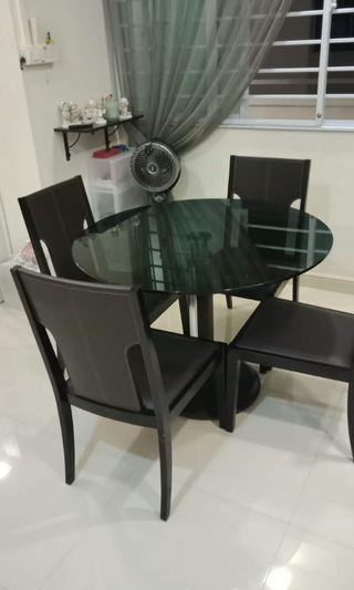 Glass top 1.4m dining table w/ leather chairs