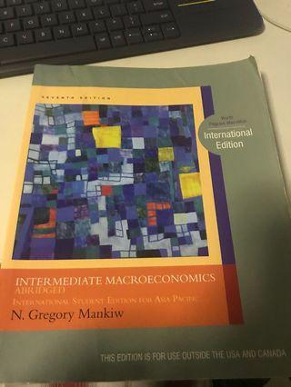 🚚 Intermediate Macroeconomics for SMU students
