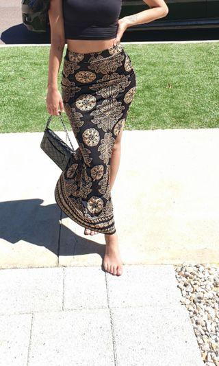 Skirt size 7/8 small