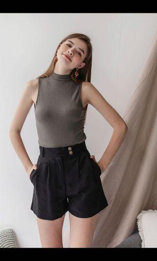 TTR oda button shorts