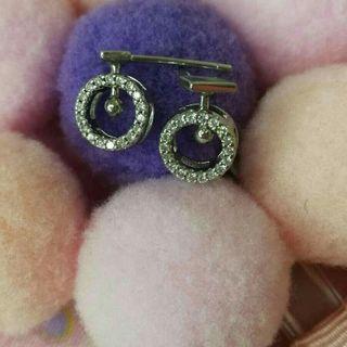 閃鑽水晶可搖動銀耳環