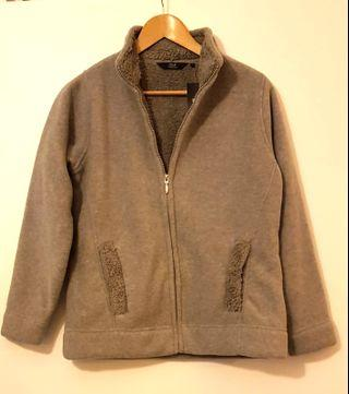 BNWT Grey lightweight fleece