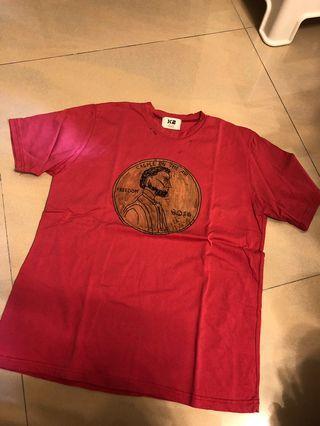🚚 X2distressed T shirt