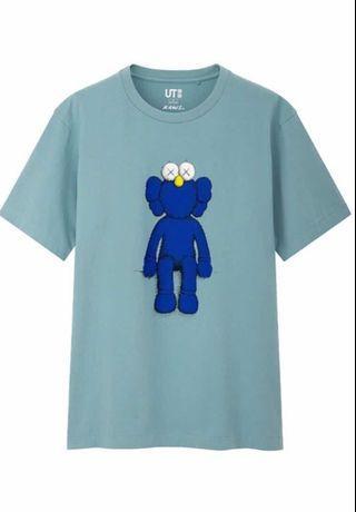 🚚 KAWS UNIQLO T-shirt