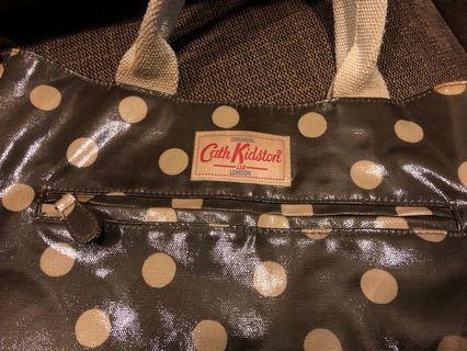 🚚 Cath Kidston crossbody bag