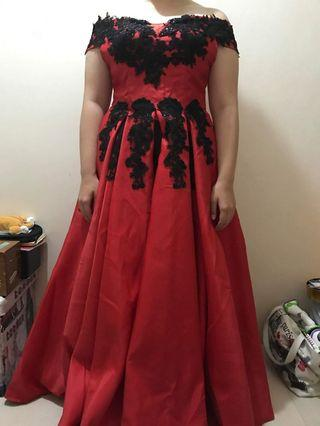 RED GOWN (USED BUT LOOKS RAD WHEN WORN)